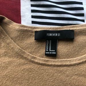 Long sleeve sweater w/ solid strips